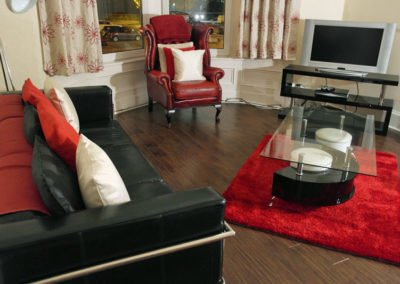 sam_0156_lounge