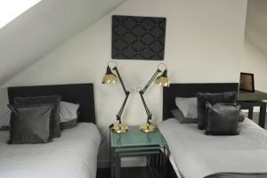 Robert The Bruce Apartment Twin Room